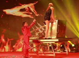 魔术表演《风与火》